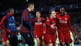 利物浦球員慶祝勝利。(圖源:互聯網)