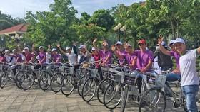 會安市人委會昨(2)日上午舉辦世界自行車日(六‧三)和世界環境日(六‧五)響應儀式。(圖源:玉福)