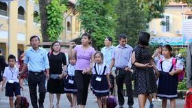 家長必須與子女同行、分享知識及生活技能而不是給他們造成學習壓力。