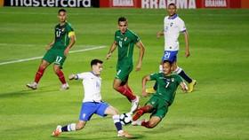 巴西隊(白衣)勝玻利維亞隊。(圖源:互聯網)