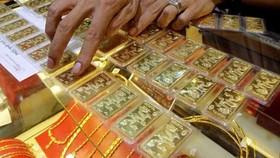SJC黃金每兩買入和賣出價分別為3890萬元及3917萬元。(示意圖源:互聯網)