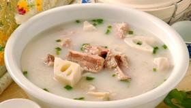 土茯苓豬骨湯