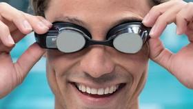 AR 智能眼鏡。(圖源:互聯網)