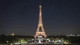"""俄羅斯Mail.ru雲服務公司制定的排名顯示,法國埃菲爾鐵塔""""力壓群芳"""",排在全球最受歡迎拍照景點排行榜首位。(圖源:互聯網)"""