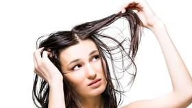 頭髮出油怎麼辦?(示意圖源:互聯網)