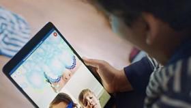 臉書旗下的Messenger Kids應用存在一個嚴重的設計缺陷,允許孩子和未經批准的陌生人進行群聊。(示意圖源:互聯網)