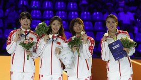 中國女子重劍奪團體金牌。(圖源:互聯網)