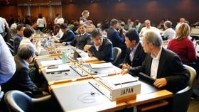 2019年7月24日,日韓代表團在日內瓦參加世界貿易組織總理事會會議期間,提請討論日韓兩國不斷惡化的貿易與外交關係。(圖源:路透社)