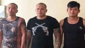 被刑拘的杜文光(中)及另兩名團夥。(圖源:福平)