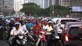 第七郡阮文靈街與阮友壽街的路口經常發生延長的交通堵塞。