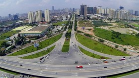 加強投建本市南面基礎設施。(圖源:互聯網)