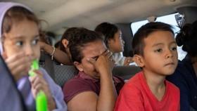 為阻擋非法移民北漂,特朗普新規允許無限期扣留移民兒童。(圖源:AFP)