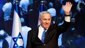 9月17日晚,以色列總理內塔尼亞胡抵達利庫德集團總部。(圖源:路透社)