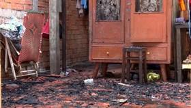 Người đàn ông chết cháy trong căn nhà khóa trái cửa