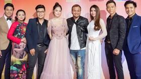 Dàn nghệ sĩ Việt thi thố hát Bolero