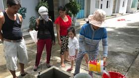 Nhiều ngày qua, người dân Đà Nẵng khó khăn vì thiếu nước