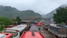 Sạt lở đèo Bảo Lộc, giao thông tê liệt