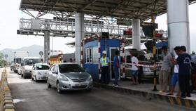 Tài xế dừng xe giữa làn thu phí, BOT Ninh Lộc phải xả trạm