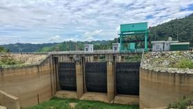 """Thiếu hụt 30 tỷ m³ nước, EVN kêu gọi vùng hạ du các thủy điện miền Trung - Tây Nguyên """"dè sẻn"""" nước"""