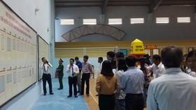 Buổi triển lãm đã thu hút đông đảo cán bộ, nhân dân tỉnh Bình Thuận đến xem và tìm hiểu.