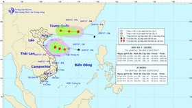 Direction of Typhoon Roke and a tropical depression in the East Sea on July 23 (Photo: national weather bureau)