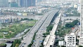 Ben Thanh-Suoi Tien metro line spans over Saigon River (Photo: SGGP)
