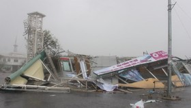 A corner of typhoon ravaged Ky Anh town in Ha Tinh province (Photo: SGGP)