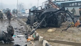 The scene of the recent terror attack in Pulwama district in India (Photo: VNA)