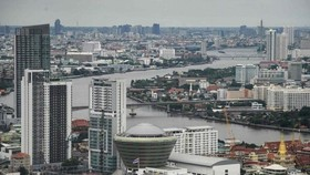 Buildings and temples along the Chao Praya River in Bangkok, Thailand (Photo: AFP)
