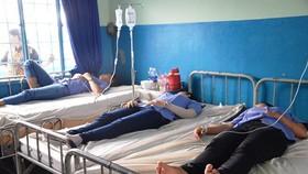 Các công nhân điều trị tại bệnh viện
