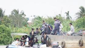 Lực lượng cứu hộ tìm người mất tích