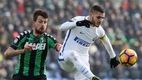 Mauro Icardi (phải, Inter) vẫn đang chơi rất tốt ở Inter.