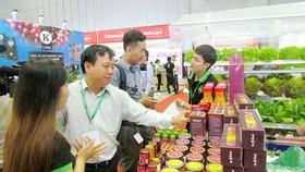 Doanh nghiệp chế biến thực phẩm nội nổ lực cải thiện chất lượng và thương hiệu để giữ thị phần