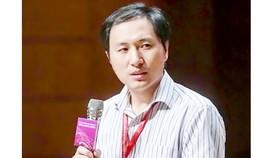 Nhà khoa học Trung Quốc Hạ Kiến Khuê