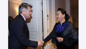 Chủ tịch Quốc hội Nguyễn Thị Kim Ngân tiếp Bí thư Toàn quốc Đảng Cộng sản Pháp, Fabien Roussel. Ảnh: Trọng Đức/TTXVN