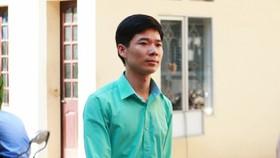 Vì sao bác sĩ Hoàng Công Lương chỉ được cư trú ở TP Hòa Bình?