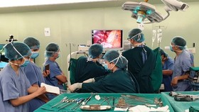 Bệnh nhân ung thư phổi xuất viện sau 4 ngày nhờ kỹ thuật mới