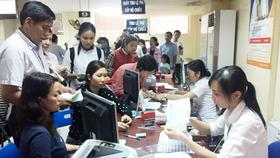 Người dân đăng ký nhận kết quả cấp hộ chiếu qua bưu điện