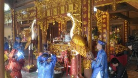 Người dân cử hành lễ giỗ vua Mai Hắc Đế