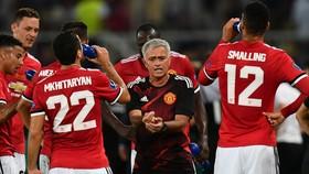 Jose Mourinho đang có ý tưởng hoàn toàn khác với quan chức của Man.United.