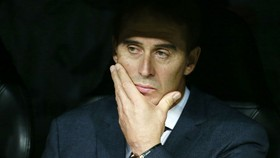 HLV Julen Lopetegui đã bị sa thải chỉ sau 4 tháng. Ảnh: Getty Images