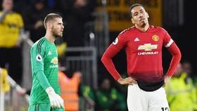 Vẻ thất vọng của các ngôi sao Man.United sau thất bại. Ảnh: Getty Images
