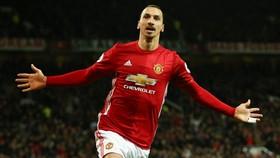 Chờ xem liệu Zlatan Ibrahimovic có thể trở lại trong màu áo Man.United? Ảnh: Getty Images