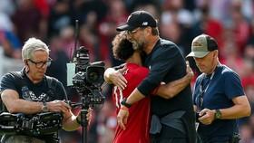 HLV Jurgen Klopp chẳng có lý do để lo lắng khi uy lực mà các học trò thể hiện trên sân là quá dữ dội. Ảnh: Getty Images