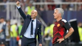 Jose Mourinho từ chối thảo luận vấn đề của Zinedine Zidane. Ảnh: Getty Images