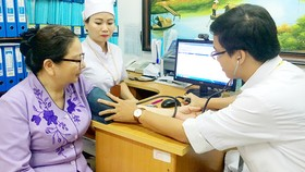Bệnh nhân khám chữa bệnh tại Bệnh viện Quận 2, tphcm
