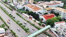 Đường Phạm Văn Đồng (TPHCM) được đầu tư theo hình thức BT         Ảnh: Thành Trí
