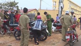 Cơ quan chức năng phong tỏa hiện trường vụ phát hiện người đàn ông tử vong ở TP Buôn Ma Thuột
