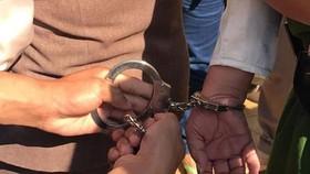 Bắt khẩn cấp một giáo viên có hành vi dâm ô với học sinh