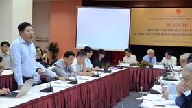 TS Nguyễn Mạnh Toàn, Hiệu trường Trường ĐH Kinh tế (ĐH Đà Nẵng),  cho rằng đừng làm cho các ĐH phình to để phân toán nguồn lực đầu tư